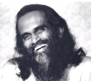 Yogi Hari smiling